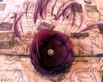 Maroon Hair Clip, Feather Hair Clip, Burgundy Hair Comb, Eggplant Hair Fascinator, Eggplant Sash Clip, Floral Brooch