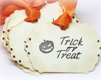 Halloween Gift Tags (Double Layered) - Trick or Treat Tags - Pumpkin Tags -  Jack O' Lantern - Vintage Inspired Handmade Tags (Set of 8)