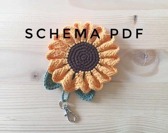 Sunflower crochet keychain PDF PATTERN, instant download.