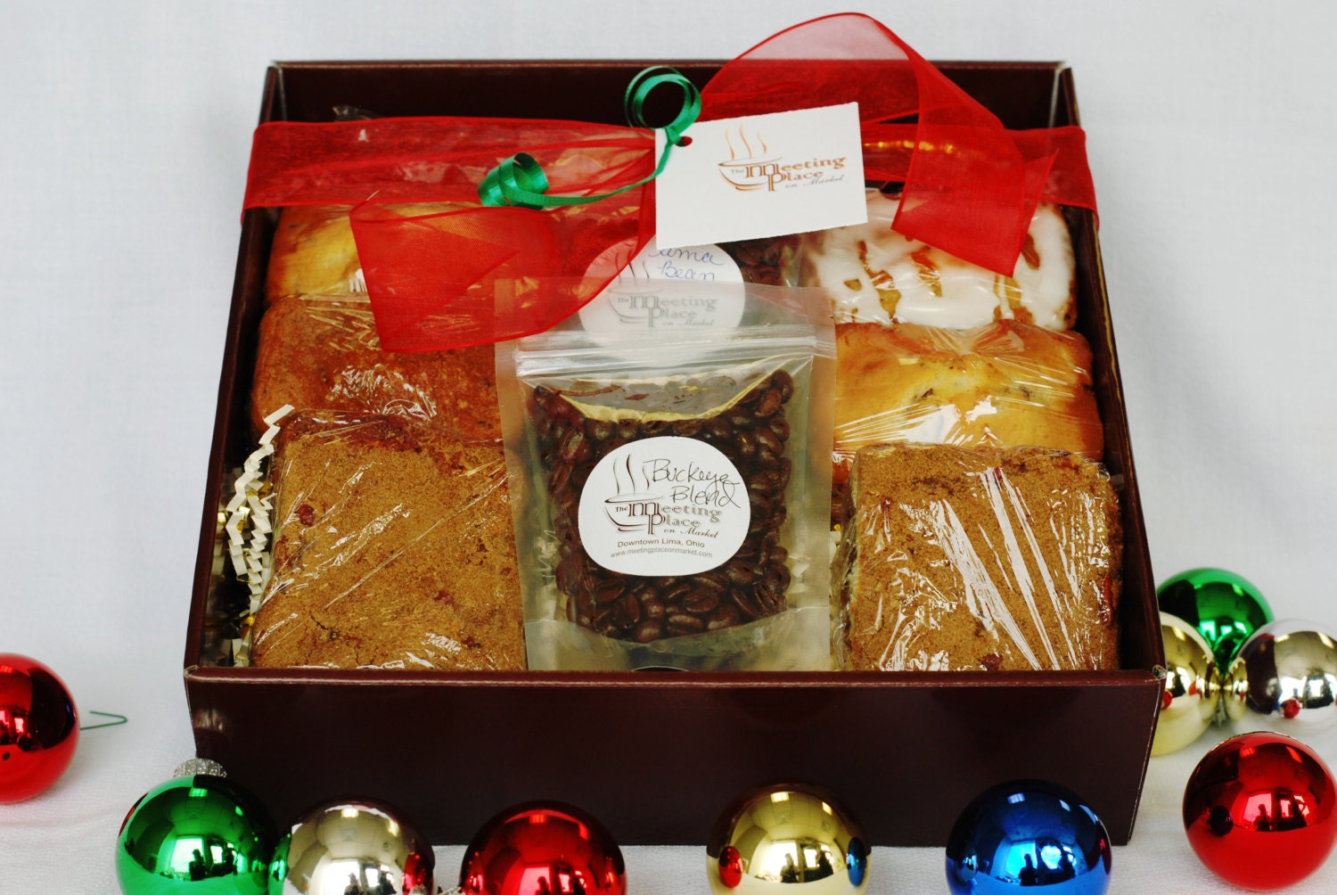 Gluten free gourmet gift basket with coffee homemade baked zoom negle Image collections