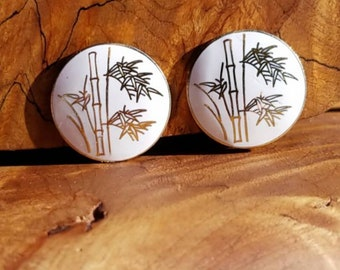 Gorgeous white and gold cloisonne  bamboo screw back earrings