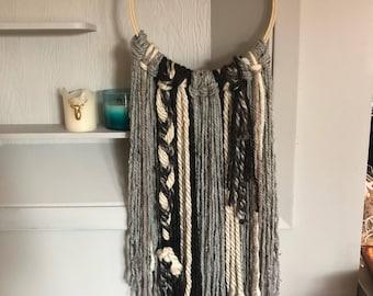 Medium Charcoal Mix Yarn Hanging