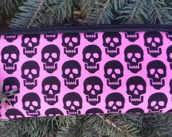 Skulls padded zippered glasses case with d-ring, Skulls on Pink, The Spex