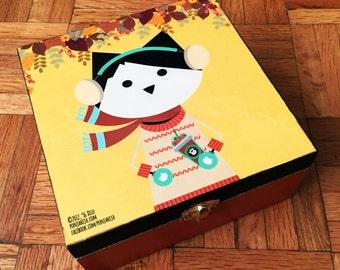 Autumn Cat. Jewelry Box.