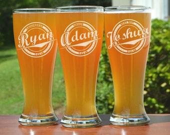 Personalized Groomsmen Gift, 5 Custom Engraved Beer Glasses, Pilsner Glass, Wedding Party Gifts, Gifts for Groomsmen, 16oz Glasses