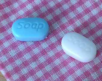 Set of two soaps (blue and white)