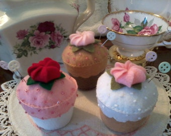 Adorable Felt Cupcake Pincushion with Sprinkles - Cupcake Pin Cushion - Felt Pincushion Cupcake - Cupcake Party Favor - Custom Orders