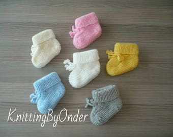 Hand knitted baby booties Baby boys booties Baby girls booties Baby slippers Baby boots Baby shoes Baby shower gift Newborn knit booties