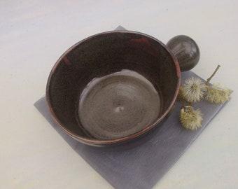 Large handled bowl for soup, porridge, chilli, pasta...