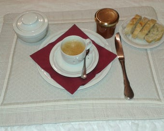 padded and lined fabric placemat