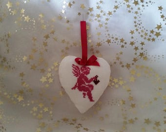 "Handmade hand embroidered heart padded ""Ange rose"""