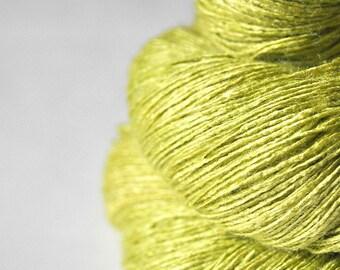 Splitted lime - Tussah Silk Lace Yarn - Hand Dyed Yarn - handgefärbte Wolle - DyeForYarn