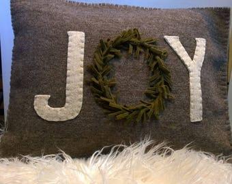 JOY wool pillow