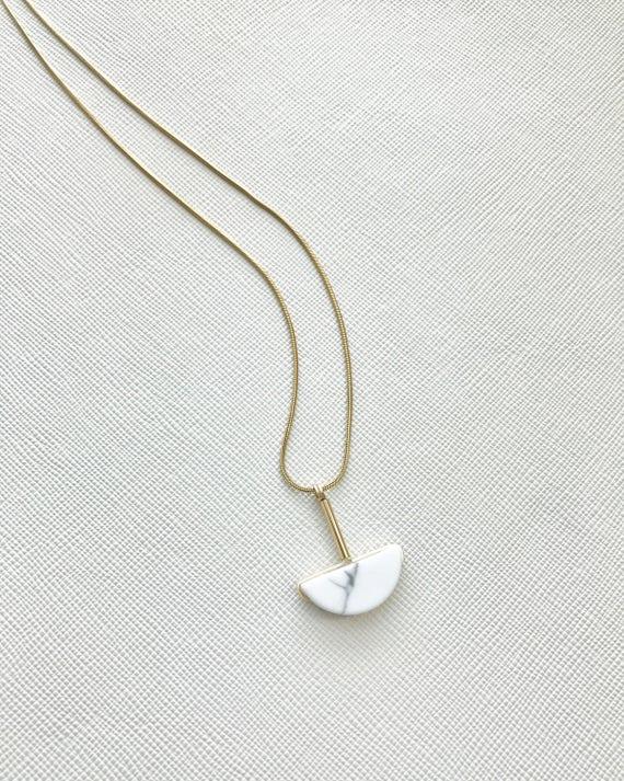 LAZLO necklace -  Half moon