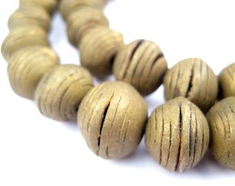 24 Round Vintage Mali Brass Beads - Vintage Brass Beads - Vintage Metal Beads - Antique Brass Beads - Large Brass Beads (MET-RND-BRS-369)