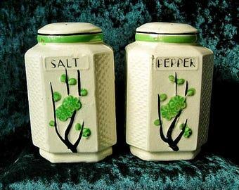 1930s Deco Moriyama Green Cherry Blossoms Salt & Pepper Shakers Japan