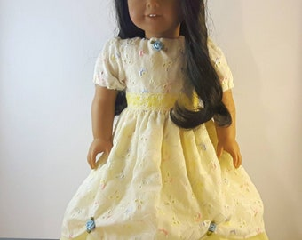 18 Inch Doll Dress, Yellow Doll Dress, Princess doll dress, Eyelet Doll dress, Doll Clothes, Party Dress, Made in Canada, gift for girls