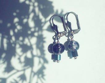 Purple Iridescent Earrings, Handmade Purple Earrings, Beaded Women's Earrings, Iridescent Holo Jewelry, Easy Jewelry Gift for Girlfriend