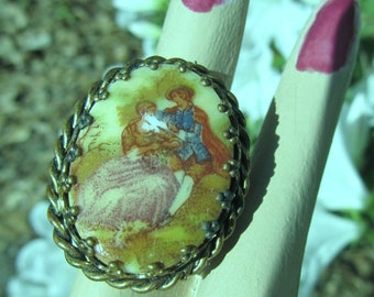 Ring Vintage  Victorian Couple  Hand Painted on Porcelain Estate