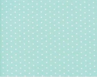 The Good Life by Bonnie and Camille  (55154-22) Quilting Fabric by the 1/2 Yard Increments (Aqua w/White Hearts)