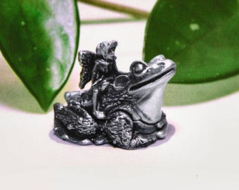 Pewter Frog Tooth Fairy Box