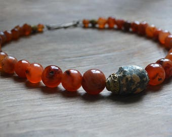 Trade bead necklace with graduated antique carnelian and antique Malinese granite bead