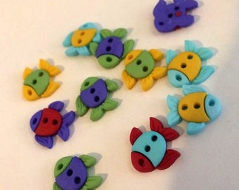 Just keep swimming! Adorable Fish Buttons, set of 10, Ocean theme, water theme, aquatic button, nautical theme, childrens button, DIY craft