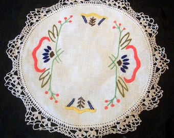 Vintage Linen Hand Embroidered Stylize Flowers