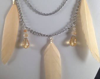 Beige feather necklace