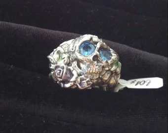 fine silver skull and roses ring