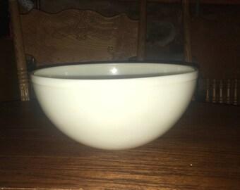 Vintage Large BELVEDERE Ovenware Bowl