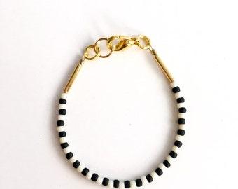 Stacking bracelet - Baby Bracelet - toddler bracelet - baby girl jewelry- black and white bracelet - beaded bracelet