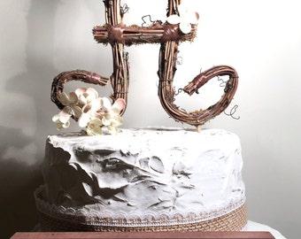 Letter A Twig Topper, A Scripted Grapevine Topper, Rustic Cursive Cake Topper, Rustic Wedding Cake Topper, Natural, Handmade Cake Top