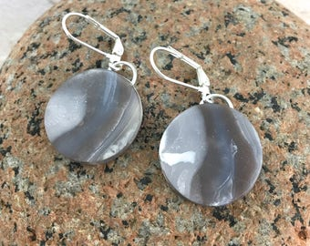 Round dangle earrings marbled gray clay lightweight