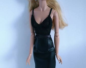 16 inch fashion doll 2 pc set is one size fits all