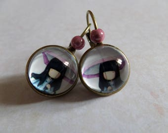 Pink antique pearl lever back earrings small Lyly bronze umbrella