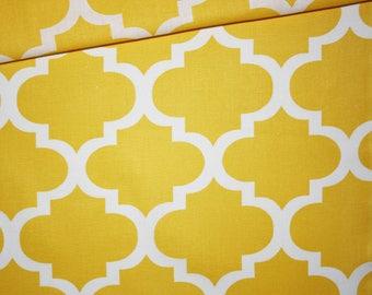 Moroccan lattice, 100% cotton fabric printed 50 x 160 cm, yellow white Moroccan pattern
