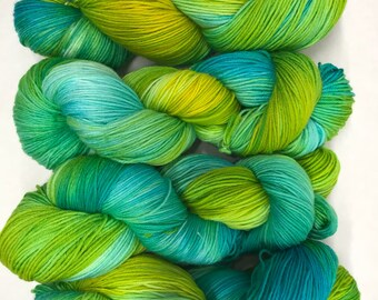 Hand dyed yarn/key west