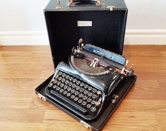 1937 Remington Rand Model 5 Streamline Portable Typewriter, With Wooden Case, Working