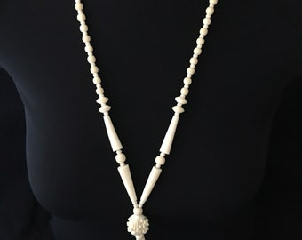 Beaded lariat Y necklace vintage ivory