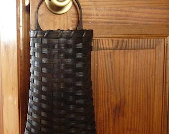 Grungy Wall Basket