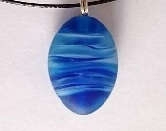 HORIZONS! Beautiful glass necklace made Jenefer Ham