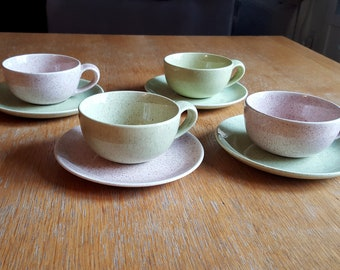 Set of 4 California Laurel Living Pottery Tea Cups and Saucers