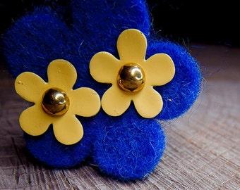 Flower Earrings ~ pieces #100102