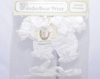 Muffy Vanderbear Wear Fan Club SWEET DREAMS PJs  Outfit Brand new in package