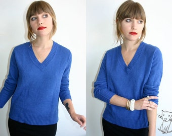 Vintage 1990s Blue V neck By Design sweater size S