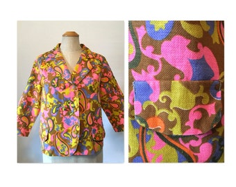 Vintage 60s Mod Jacket M Short and Boxy in a Wild Paisley Print