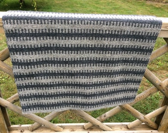 Handwoven Contemporary Wool Rug