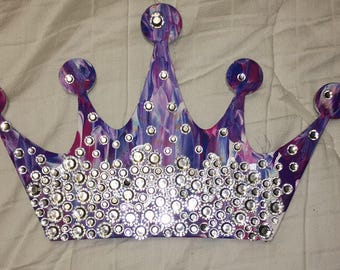 Crystal crown board