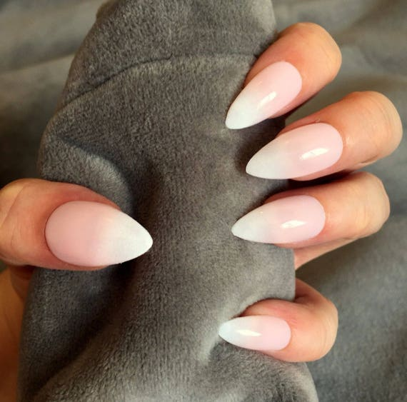 FALSE NAILS - Natural Pink and White French Ombre - Stick On - The ...
